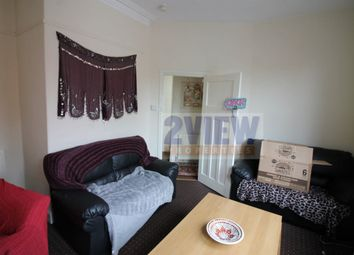 Thumbnail 2 bed flat to rent in Brudenell Grove, Leeds, West Yorkshire