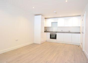 2 bed flat to rent in Railway House, 135 St Johns Hill, Sevenoaks, Kent TN13