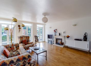 Azalea Walk, Pinner, Middlesex HA5. 4 bed town house