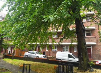 Thumbnail 4 bed flat to rent in Sundew Ave, East Acton