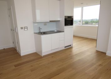 1 bed flat to rent in High Street, Slough SL1