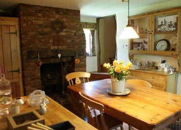 Thumbnail 4 bed detached house to rent in The Street, Mereworth, Maidstone