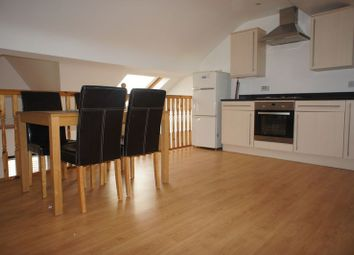Thumbnail 2 bed flat to rent in Moring Road, London
