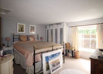 Thumbnail 2 bed flat to rent in Tarrant Street, Arundel
