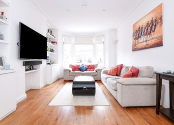 3 bed maisonette to rent in Crookham Road, London SW6