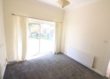 2 bed flat to rent in Hamlton Road, Boscombe BH1