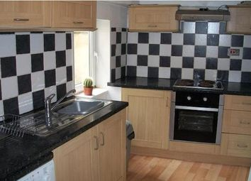 Thumbnail 3 bedroom flat to rent in Woodsley Road, Hyde Park, Leeds