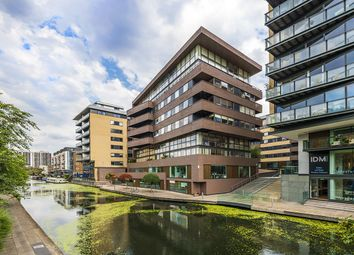 Thumbnail 1 bed flat for sale in Gainsborough Studios North, 1 Poole Street, London