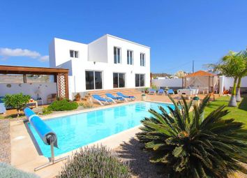 Thumbnail 5 bed villa for sale in Country, Macher, Lanzarote, 35510, Spain
