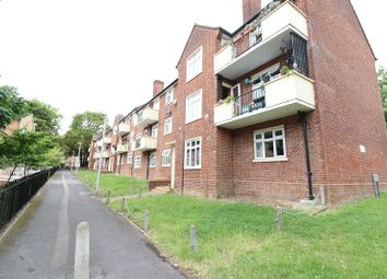 Thumbnail 3 bed flat to rent in Salway Close, Woodford Green