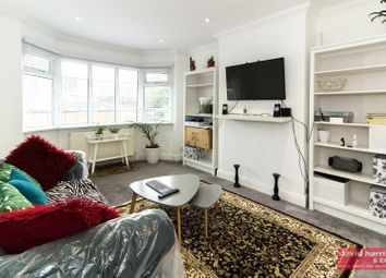 Thumbnail 2 bedroom maisonette to rent in Elm Court, Nether Street, Finchley