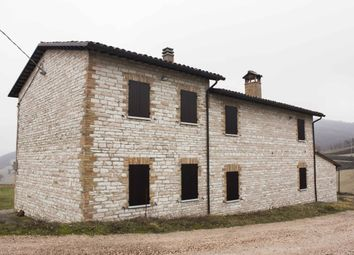 Thumbnail 6 bed country house for sale in Urbino, Pesaro And Urbino, Marche, Italy