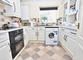 Thumbnail 2 bedroom flat to rent in High Street, Rothwell, Kettering