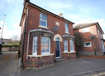 3 bed property to rent in Simons Lane, Colchester CO1