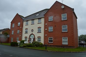 Thumbnail 2 bed flat to rent in Shannon House, Leasowe Road, Moreton, Wirral