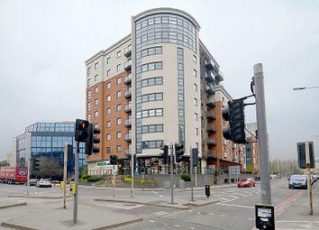 Thumbnail 2 bedroom flat for sale in Watlington Street, Reading