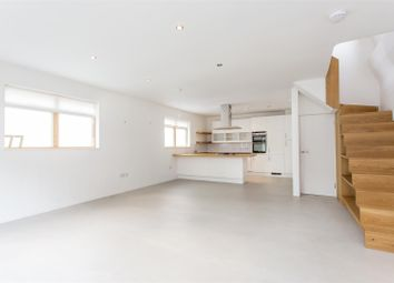 Thumbnail 3 bedroom link-detached house to rent in Howard Road, Stoke Newington