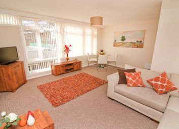 Thumbnail 3 bed flat to rent in Kingsgate Flats, Doncaster