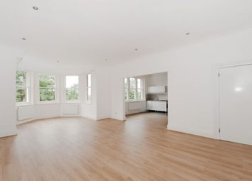 Thumbnail 3 bedroom flat to rent in Lindfield Gardens, London