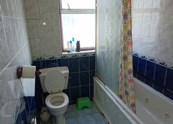 Thumbnail 5 bedroom terraced house to rent in Meath Road, Ilford