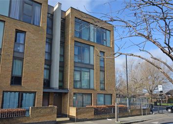 2 bed maisonette for sale in Annandale Road, Greenwich, London SE10