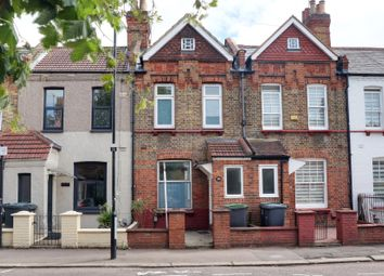 Thumbnail Terraced house to rent in Moselle Avenue, Wood Green, London.