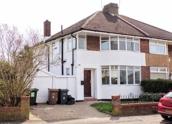 Thumbnail 3 bedroom property to rent in Heywood Drive, Luton