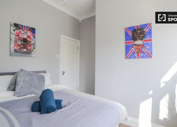 Room to rent in Dartmouth Road, Mapesbury, London NW2