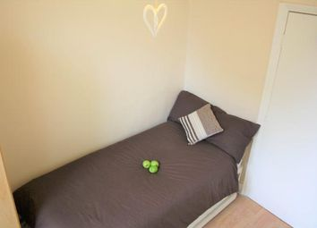 Thumbnail 5 bed shared accommodation to rent in Brownhill Road, Catford