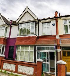 Thumbnail 6 bed property to rent in Silverton Road, Hammersmith, London