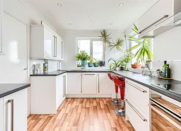 2 bed penthouse for sale in Brighton Road, Lancing BN15