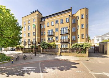 Thumbnail 2 bed flat for sale in Stockwell Green, London