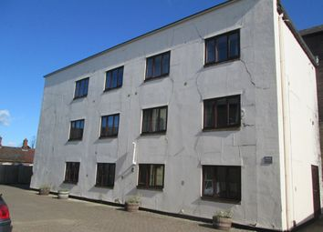 Thumbnail 2 bedroom flat to rent in Kneesworth Street, Royston
