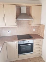 Thumbnail 2 bed flat to rent in Henley Road, Bedford, Bedfordshire