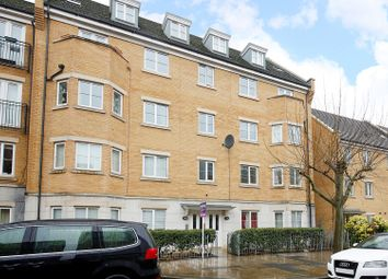 Thumbnail 2 bed flat for sale in 86 Chandler Way, Peckham