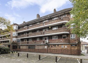 1 bed flat for sale in White City Estate, London W12