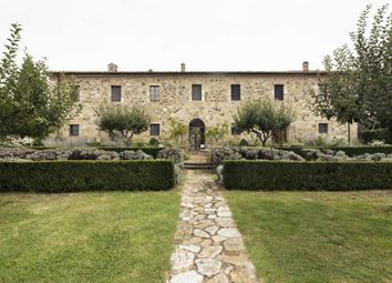 Thumbnail 7 bed villa for sale in San Quirico Dorcia, Tuscany, Italy