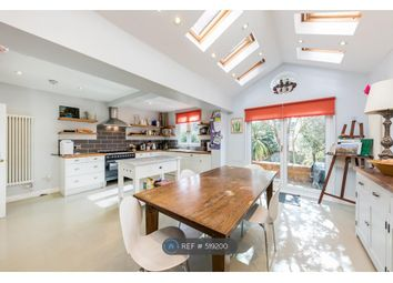 6 Bedroom End terrace house for rent