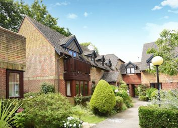 Thumbnail 2 bed flat for sale in Garden Mews, Warsash, Southampton