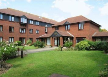 1 bed flat for sale in Imperial Avenue, Westcliff-On-Sea, Essex SS0