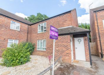 Thumbnail 2 bed maisonette for sale in Drewett Close, Reading