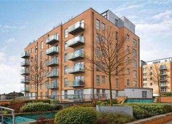 Thumbnail 2 bed flat for sale in Queen Mary Avenue, South Woodford