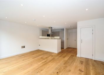 3 bed maisonette to rent in Hawthorne Crescent, Greenwich Square, Greenwich, London SE10