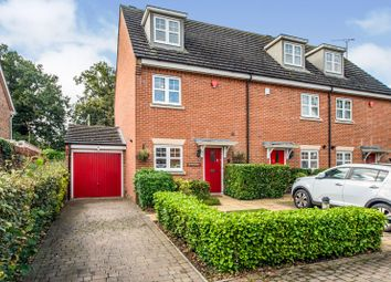 3 bed town house for sale in Four Oaks, Chesham HP5