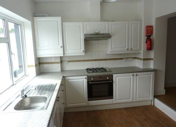 Thumbnail 5 bedroom flat to rent in Junction Road, London