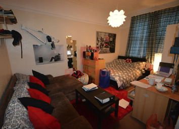 Thumbnail 8 bed property to rent in Brudenell Avenue, Hyde Park, Leeds