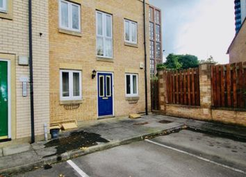 2 bed flat to rent in Bramwell Court, Sheffield S3