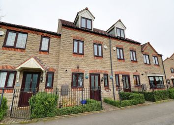 3 bed terraced house for sale in North Cliff Road, Kirton Lindsey, Gainsborough DN21