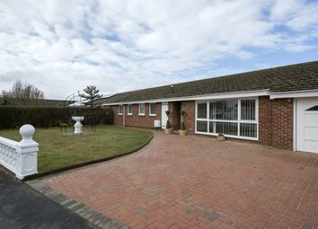 Thumbnail 4 bed detached bungalow to rent in Bunyan Road, Bicester
