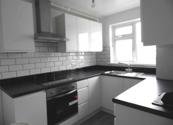 Thumbnail 3 bed flat to rent in Hart Road, Benfleet